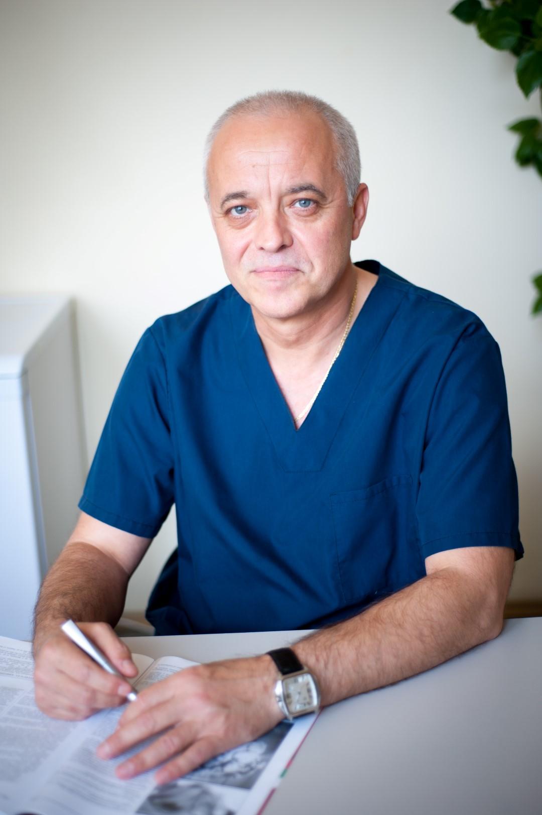 Д-р Бисер Начев